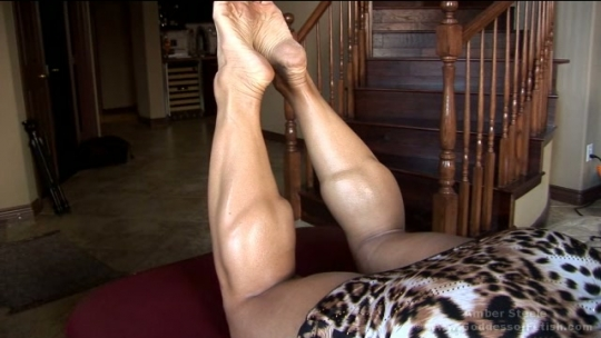 Amazon Massive Oiled Calves Toe Pointing & Flexing